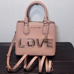 NWT Michael Kors Adele Love Med. Messenger in Fawn